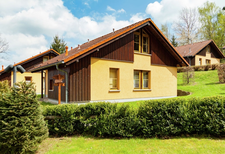 Charming Holiday Home in Schirgiswalde With Terrace, Schirgiswalde-Kirschau