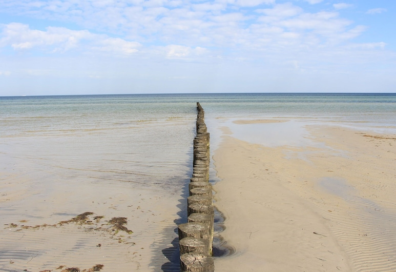 Luxurious Holiday Home in Insel Poel Germany With Sauna, Insel Poel, Pantai