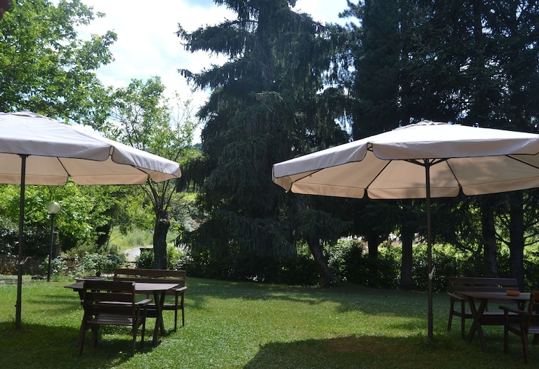 Pleasant Holiday Home With Swimming Pool,garden,bbq, Parking, Greve in Chianti, Have