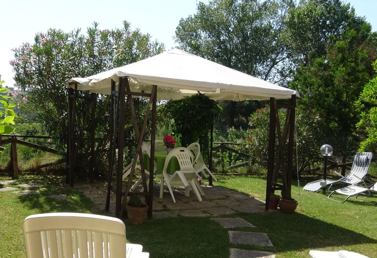 Well Kept Property With Garden With Lovely Panorama, Poggio a Caiano, House, Balcony