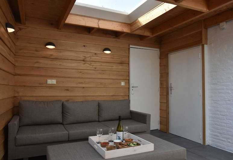 Quiet Holiday Home in Nieuwvliet With a Lounge Area by the sea, 涅韋列特, 單棟房屋, 露台