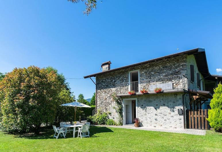 Peaceful Apartment in Grovedona Italy Near Lake, Gravedona