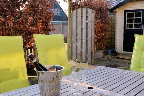 บ้านพักตากอากาศแสนสบายในนอร์ดไวเกอร์เฮาท์