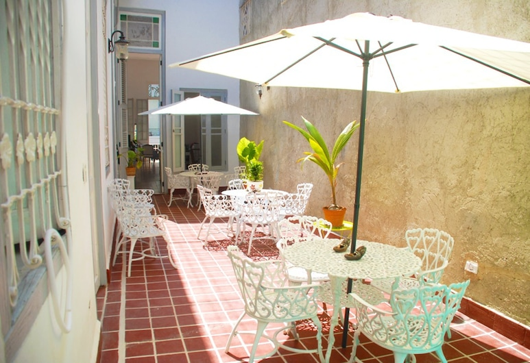 Kenia Colonial House, Havana, Terrace/Patio