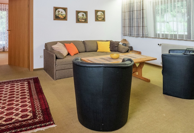 Scenic Apartment in Bad Rippoldsau With Balcony & Parking, Bad Rippoldsau-Schapbach, Apartamento, Sala de estar