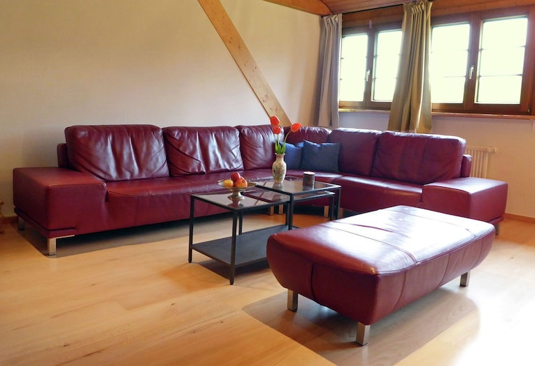 Comfortable Apartment in Rickenbach Near Forest, Rickenbach, Apartman, Dnevna soba