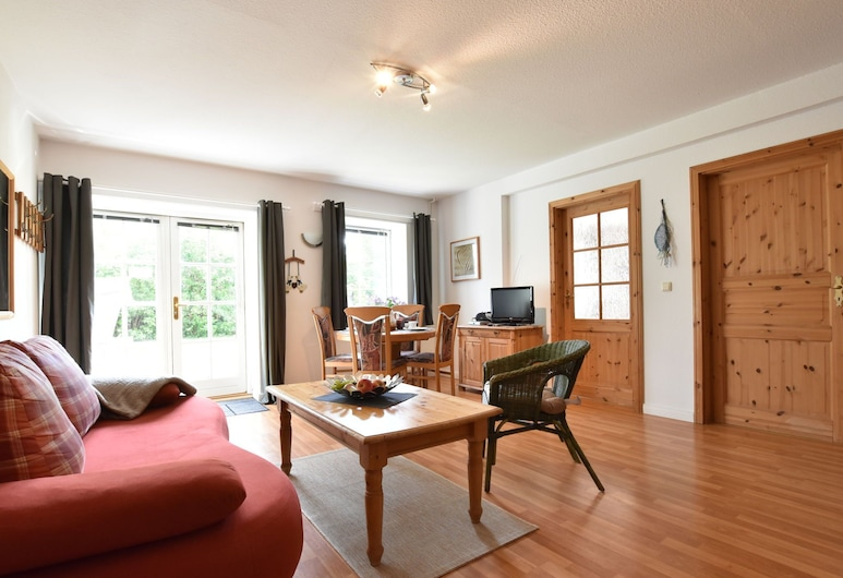 Quaint Apartment in Insel Poel Near the Beach, Insel Poel, Appartement, Woonkamer