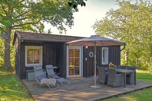 บ้านพักตากอากาศแสนอบอุ่นพร้อมสวน