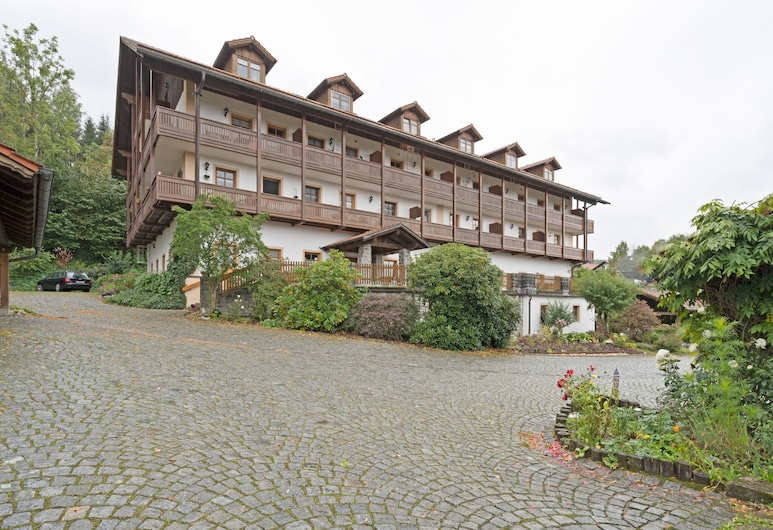 Lovely Apartment in Schwarzenbach With Sauna, Lohberg, Exterior