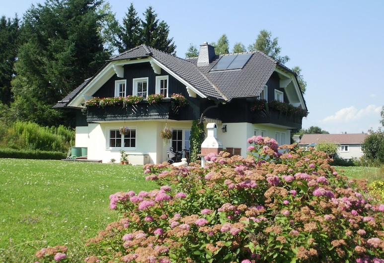 Charming Apartment in Frauenwald Near the Forest, Frauenwald