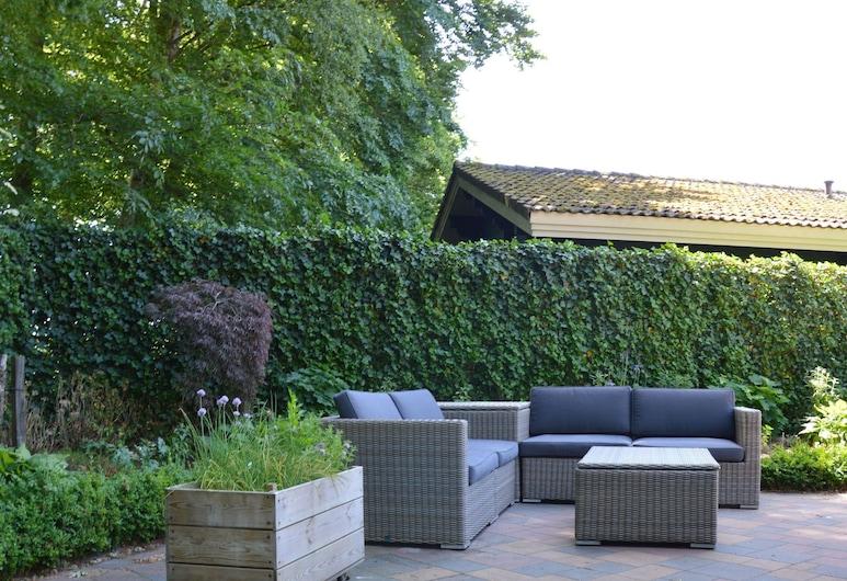 Finnish Bungalow With Garden, a Modern Bathroom, Near Harderwijk, Veluwe, Hulshorst, Bungalow, Balcony
