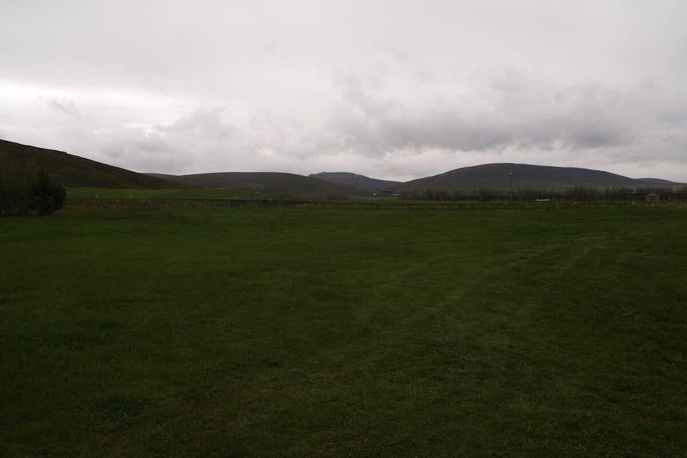 Будиночок (Nátthagi) - З видом на гори