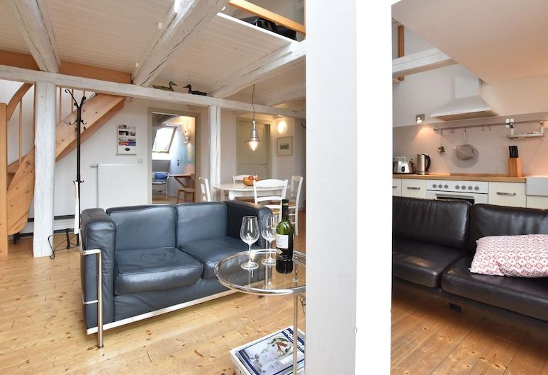 Spacious Apartment Near Sea in Wismar, Wismar, Departamento, Sala de estar