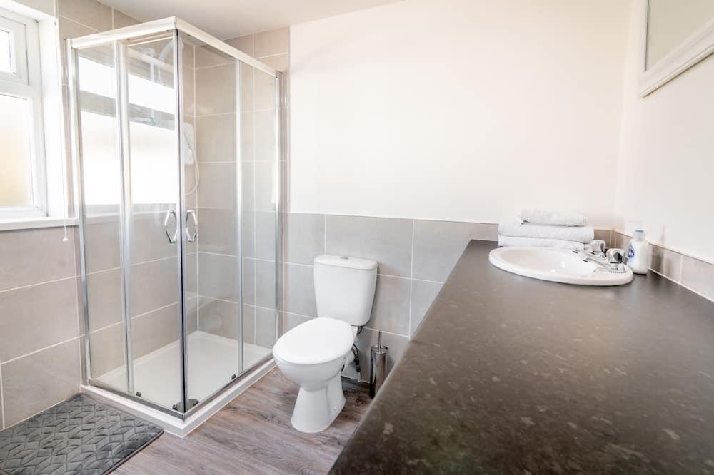 PLATFORM Port Area Apartment 2 - Bathroom