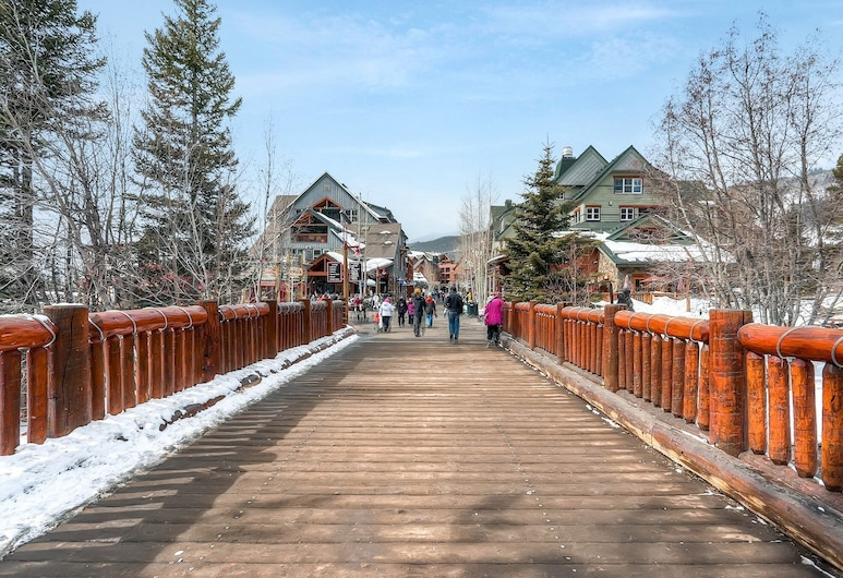 #1711 The Seasons at Keystone 3 Bedroom Townhome - Close to Ski and Convention Center, Keystone, Terrenos del establecimiento