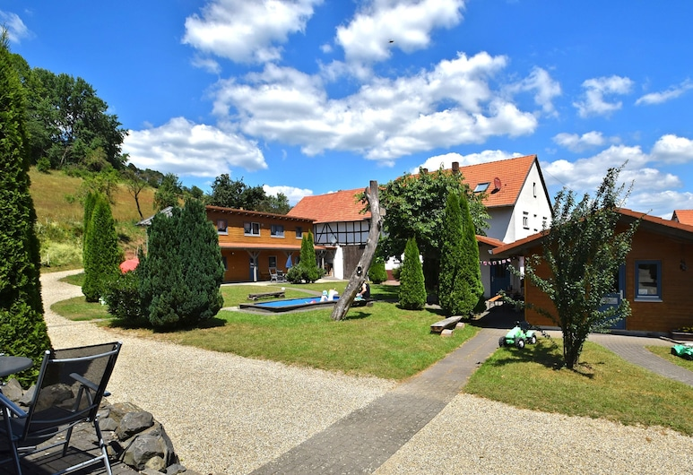 Delicate Apartment in Hüddingen With Terrace, Bad Wildungen, Hotelový areál