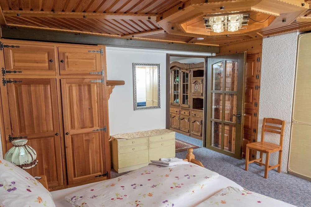 Paradisiacal Apartment in Wieden With Garden, Wieden