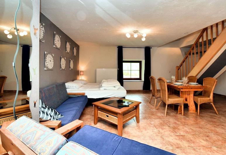Luxurious Holiday Home in Saint Vith With Terrace, Sankt-Vith, Casa, Sala de Estar