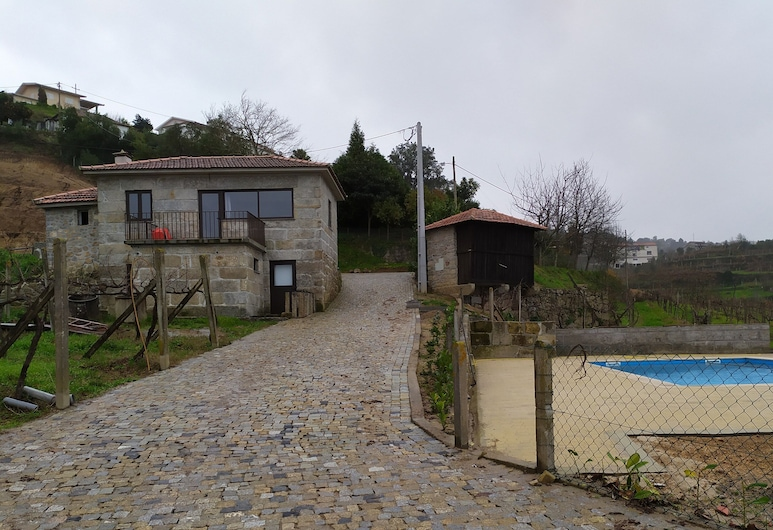 House With 2 Bedrooms in Fornos, With Shared Pool, Furnished Terrace and Wifi, Castelo de Paiva