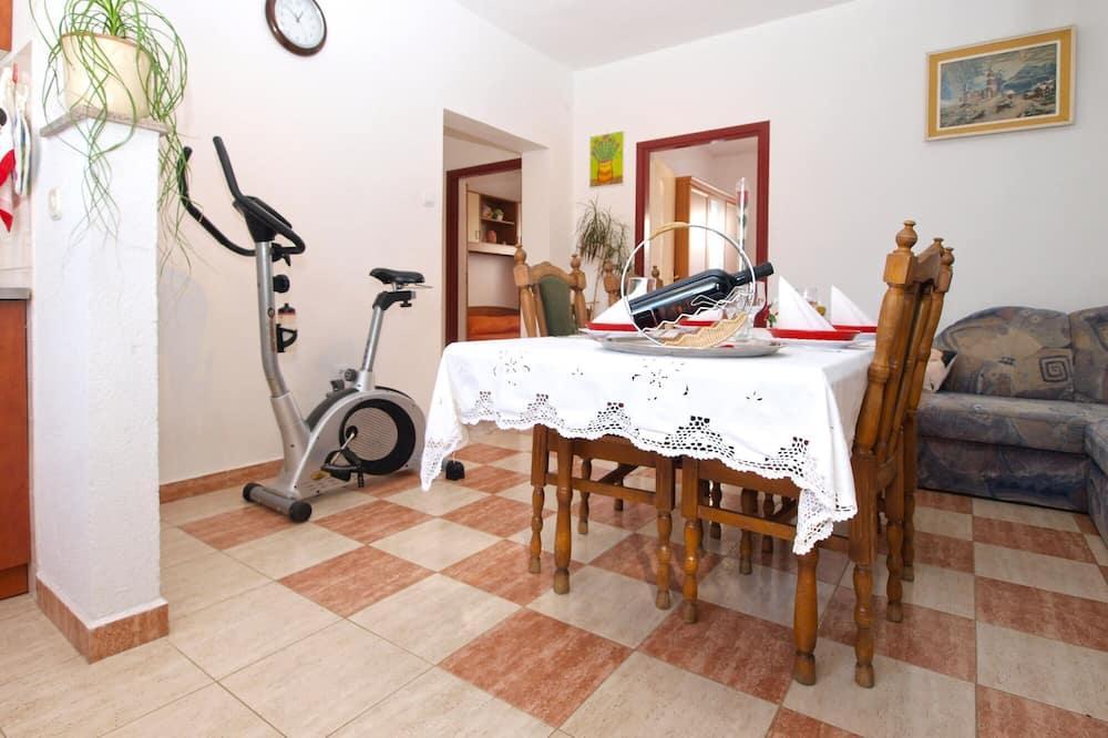 Standard Διαμέρισμα, 2 Υπνοδωμάτια (21002) - Γεύματα στο δωμάτιο