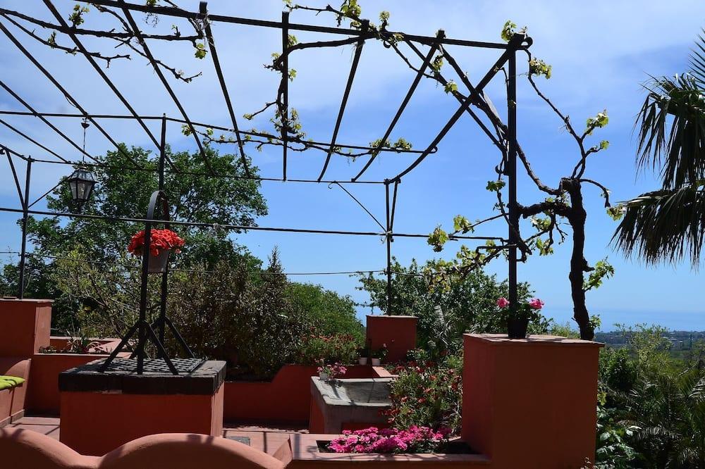 Коттедж - Балкон