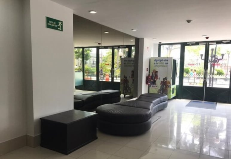 HS HOTSSON Smart Value Tampico, Tampico, Lobby