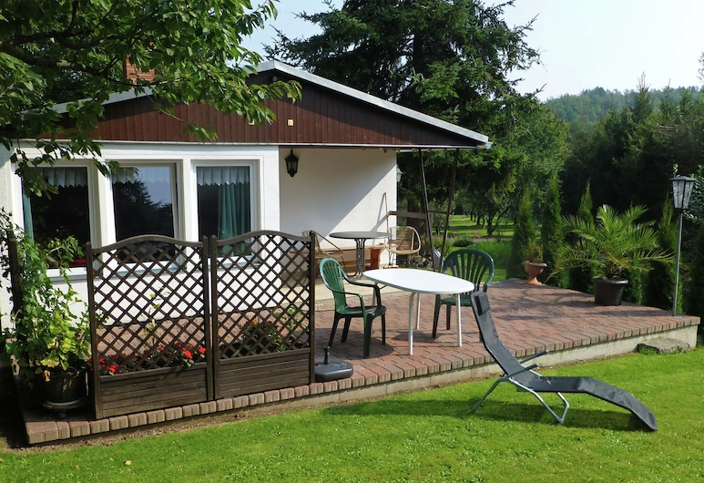 Cosy Holiday Home in Thale With Terrace and Sweeping Grounds, Thale