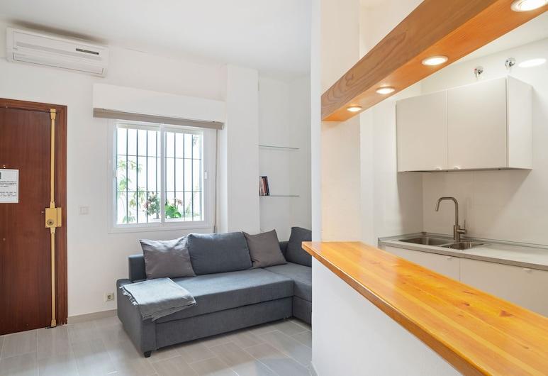 Modern Apartment in Sevilla With Garden, Seville, Apartment, Living Room