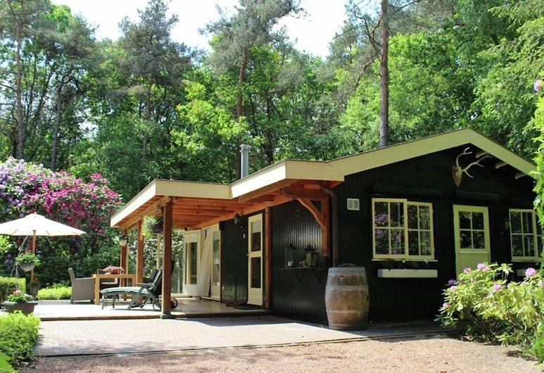 Charming Bungalow in Ambt Delden With Sauna, Garden, Terrace, Ambt Delden