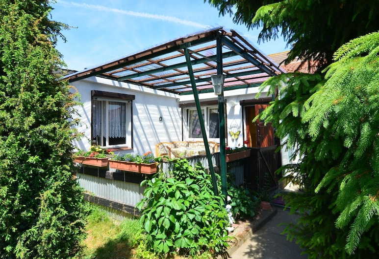 Gorgeous Holiday Home in Cattenstedt Harz With Terrace, Blankenburg