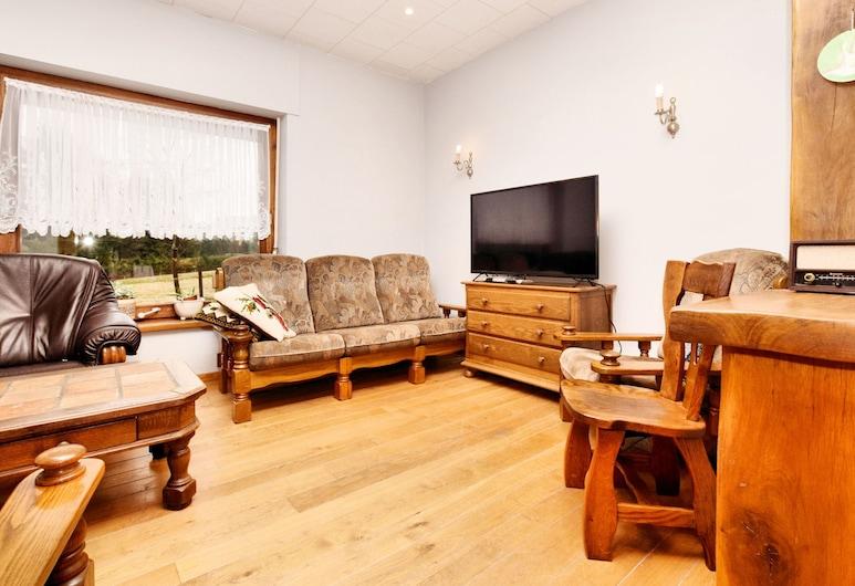 Spacious House With Garden, in Beautiful Location Between Ardennes, Eifel and High Fens, Buetgenbach, Villa, Living Room