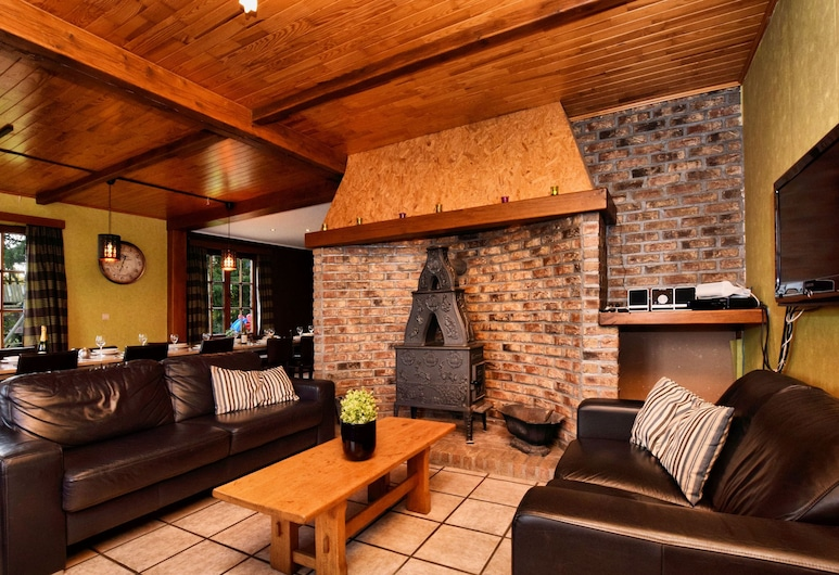 Luxurious Holiday Home With Sauna in Durbuy, Durbuy, Soggiorno