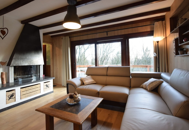 Very Welcoming and Cosy Chalet, a Peaceful Haven in the Countryside, Nassogne, Dzīvojamā istaba