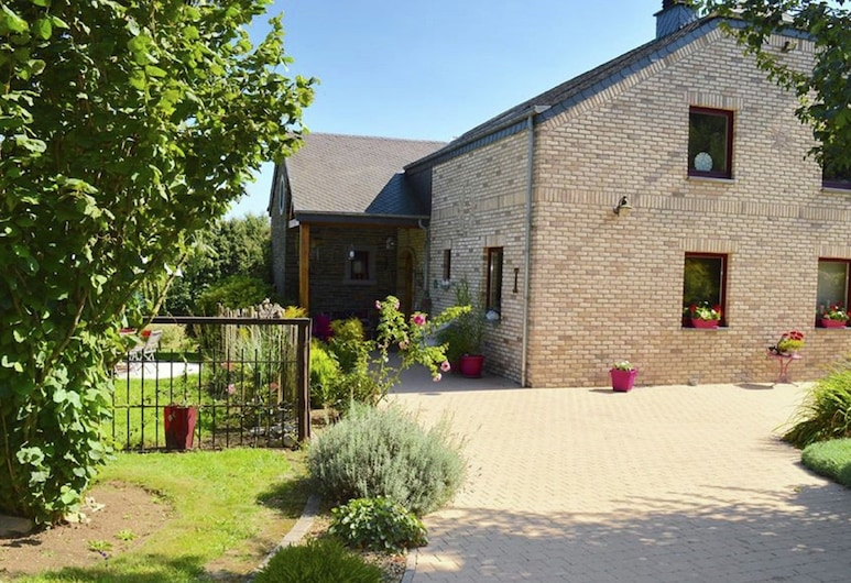 Cozy Cottage in Paliseul With Garden, Paliseul, Exterior
