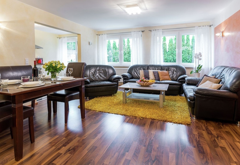 Gorgeous Apartment in Markdorf With Swimming Pool, 馬克多夫, 客廳