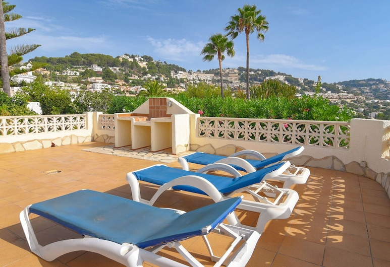 Detached House on a Single Floor With Magnificent View Near Moraira, Teulada