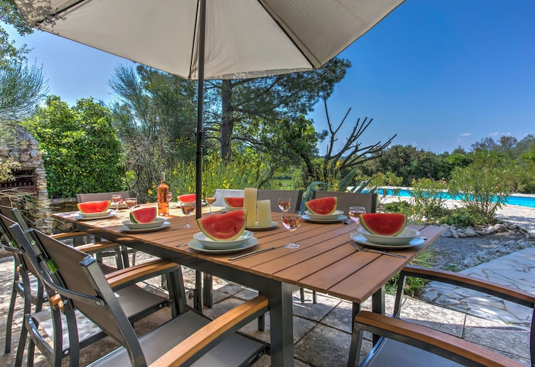 Alluring Villa in Beaufort With Swimming Pool, Beaufort