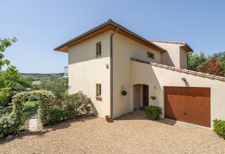 Spacious Villa With Private Swimming Pool and Fully Enclosed Garden, Limoux