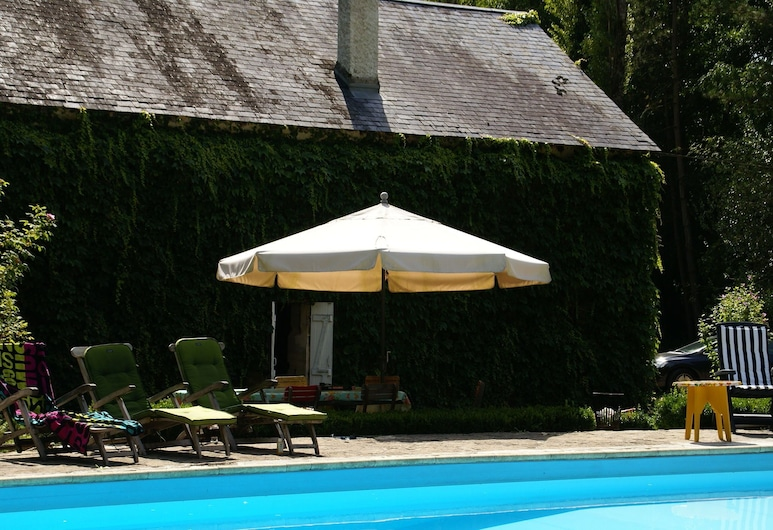 Quaint Holiday Home With Private Pool in Burgundy France, Preporche, Dom, Balkon