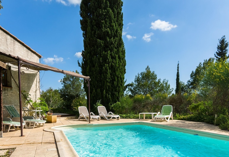 Beautiful Holiday Home With Private Swimming Pool in Var, Saint-Antonin-du-Var, Sundlaug
