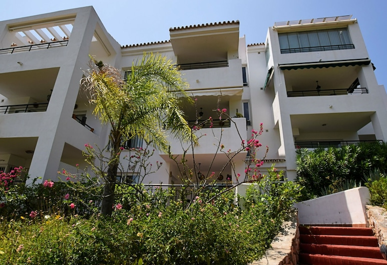 Beautiful Penthouse Apartment With Roof Terrace and Panoramic Views, Alhaurin el Grande