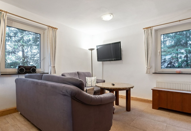 Comfortable Apartment in Oberschledorn Sauerland, Medebach, Living Room