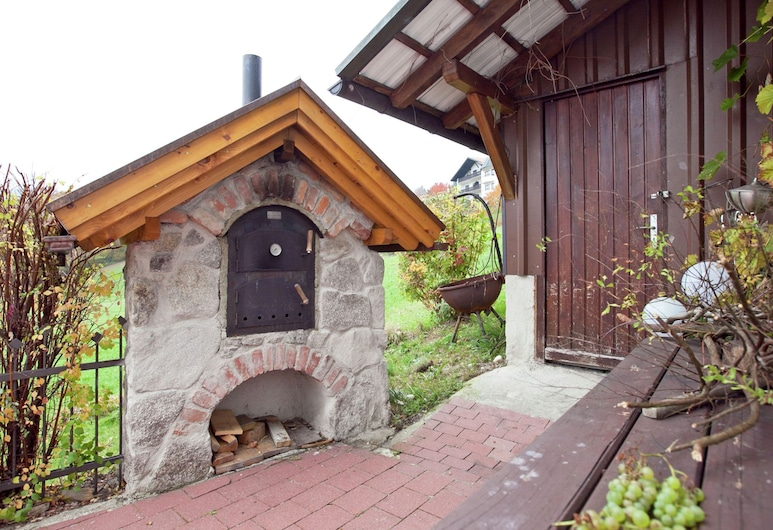 Inviting Apartment With Terrace, Garden, Barbecue, Deckchair, Hauzenberg, Apartment, Balkon