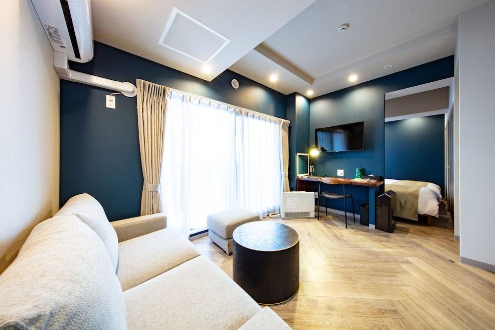 NOTHERN EUROPE (Modern) Triple Room - Room