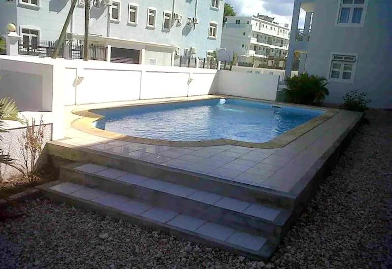 Apartment With 3 Bedrooms in Flic En Flac , With Shared Pool and Enclosed Garden, Flic-en-Flac, Бассейн