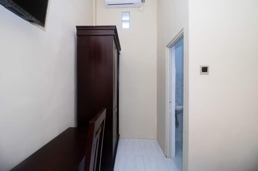 Habitación doble (RedDoorz) - Habitación