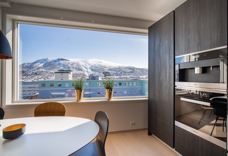 Arctic Homes, Tromso, Deluxe Apartment (Deluxe Three-Bedroom Apartment), Private kitchen