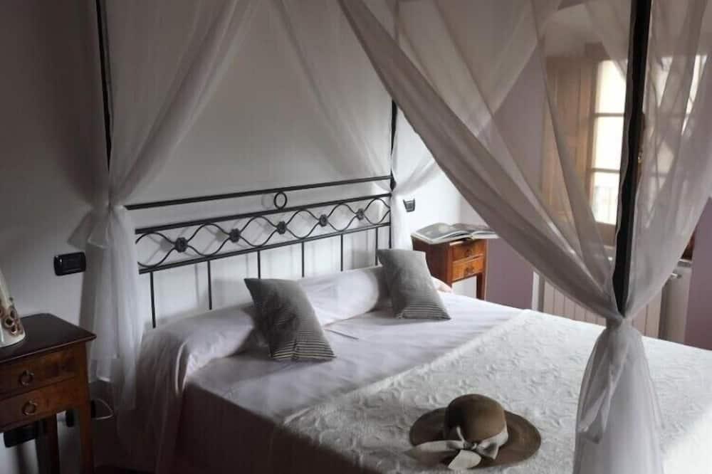 Μεζονέτα, 4 Υπνοδωμάτια, Βεράντα - Δωμάτιο
