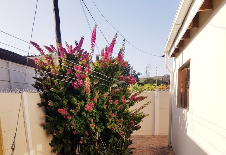 Executive Accommodation Bellville, Cape Town, Property Grounds