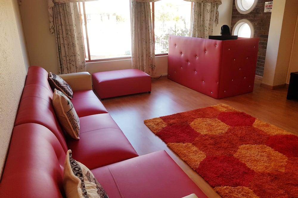 Deluxe Δίκλινο Δωμάτιο (Double), Κοινόχρηστο Μπάνιο - Περιοχή καθιστικού